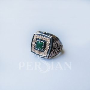 Серебряный перстень «Дар Волхвов» с зелёным агатом и золотыми накладками по бокам