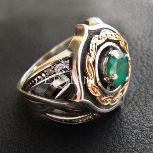 Серебряное кольцо «Elfe» с зелёным агатом