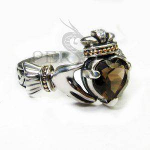 Серебряное кольцо «Кладдах» с раухтопазом
