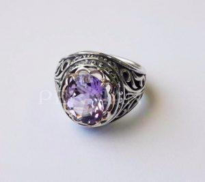 Серебряное кольцо «Дамский Каприз» с аметистом