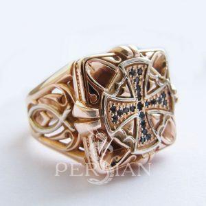 Золотой перстень «Спаситель» с лондон топазами