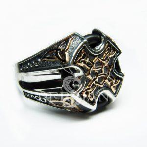 Серебряный мужской перстень «Трикветр» с золотой накладкой
