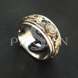 Серебряное кольцо «Дафна» с цирконом