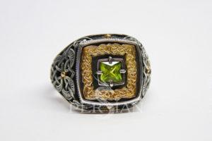 Серебряный перстень «Дар Волхвов» с хризолитом