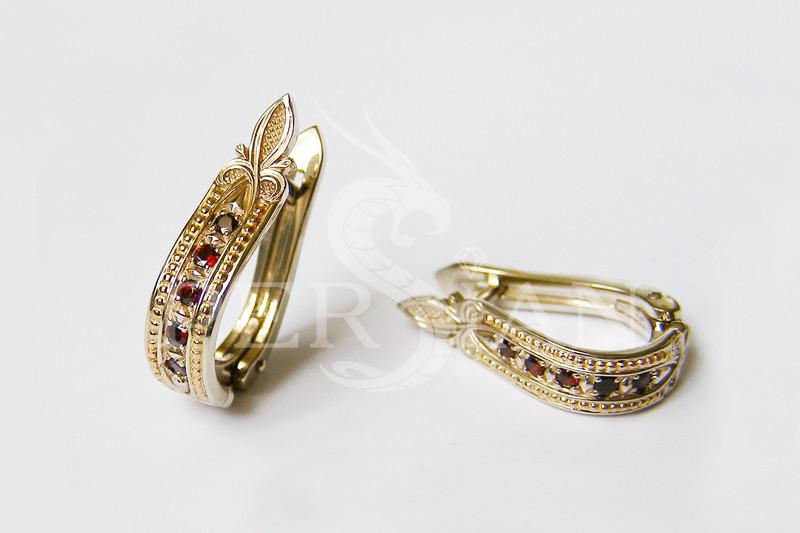 Золотые серьги «Дорожка» с гранатами