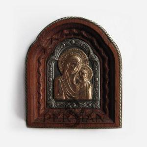 Автомобильная икона «Казанская Божья Матерь» с золотой накладкой