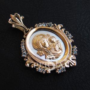 Подвеска золотая «Казанская Божья Матерь» со скай топазами