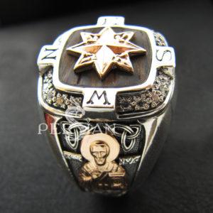 Серебряный перстень «Роза Ветров» с белыми цирконами