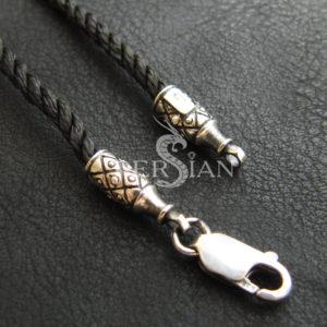 Шёлковый шнурок «Бусинка» с серебряными наконечниками