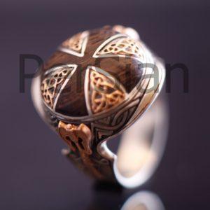 Серебряный перстень «Защита Викинга» с золотой накладкой