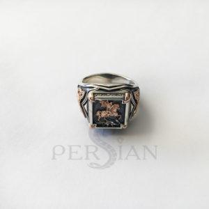 Серебряный мужской перстень «Георгий Победоносец» с золотыми накладками по бокам