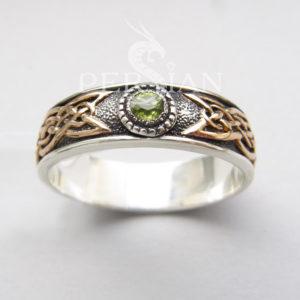 Серебряное кольцо «Кельтское Солнце» с хризолитом