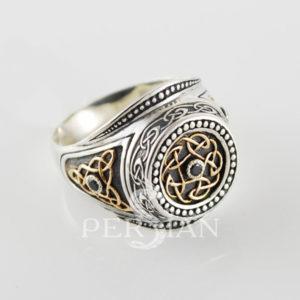 Серебряный мужской перстень «Всевластный» с чёрным цирконом