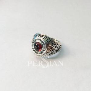 Серебряный мужской перстень «Всевидящее Око» с гранатом