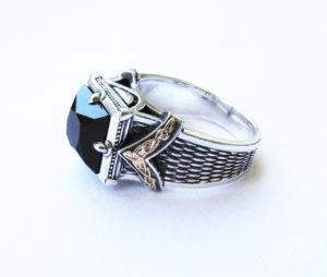 Серебряный мужской перстень с черным ониксом