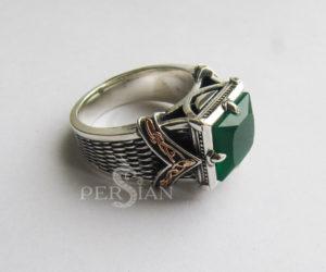 Серебряный перстень с зеленым агатом